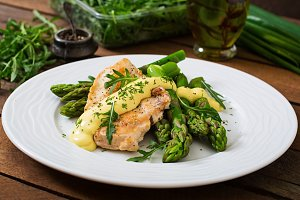 chicken garnished with asparagus