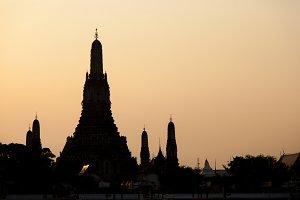 Silhouette of Wat Arun.