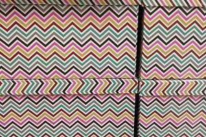 Wavy decoration on box