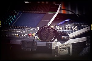 Mixing sound console