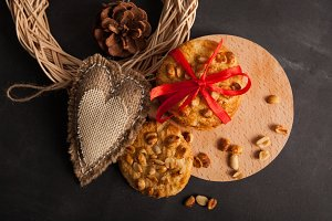 Biscuit with hazelnuts