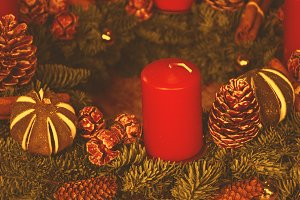 Advent wreath with red candle