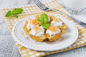canape with cottage cheese