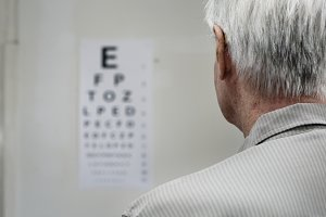 elder patient in sight testing
