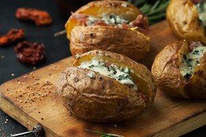 potatoes with prosciutto