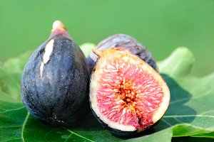 Three Figs on fig leaf