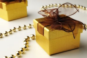 gifts and golden pearls