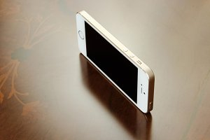 iPhone Mockup (2nd Photo Free)