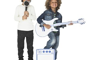 Kids in a studio (PNG)