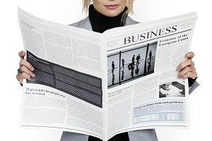 Business Woman ReadingNewspaper(PNG)