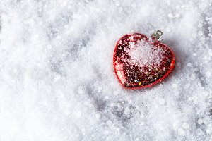 Christmas balls-heart