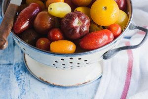 Tomatoes in inamel colander