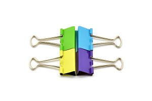 Composition with retaining clips colors