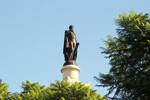 Portugal • Statue