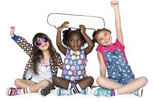 Children Holding Chat Bubble (PNG)