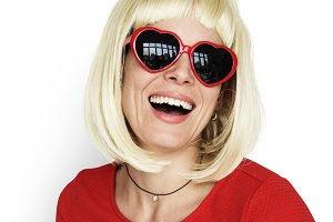 Blonde Woman Wearing Sunglass (PNG)