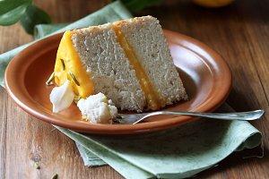 Angel Food Cake with Lemon Curd