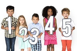 Kids Holding Number Icon (PNG)