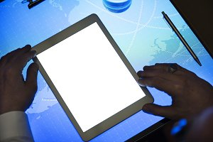 Hands holding using tablet(PNG)