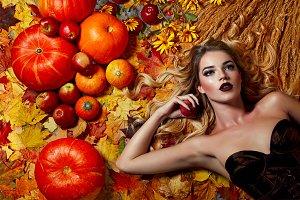 The girl-autumn.