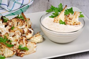 Tahini sauce with cauliflower