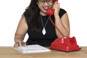 Woman Writing Talking Telephone(PNG)