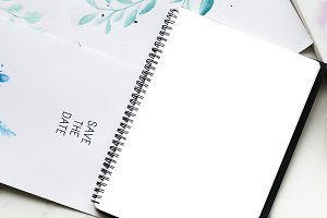 Blank copy-space notepad (PNG)