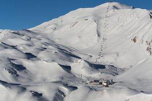 Ski piste, cable car