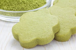 Homemade matcha green tea shortbread cookies, close up