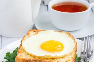 French toasted sandwich Croque madame, vertical