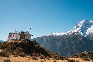 Buddist stupas in the Himalayas