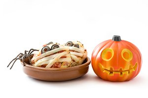 Halloween mummies mini pizzas