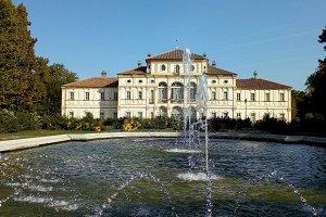 La Tesoriera in Turin