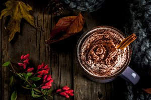 Spicy autumn hot chocolate