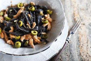 Black ink pasta whith chicken