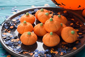 Pumpkin shape halloween marshmallow for kids