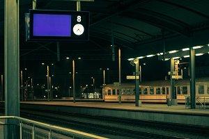 Display on the platform at night