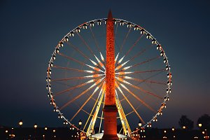 Ferris wheel at Place de la Concorde