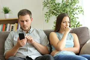 Husband addicted to smart phone