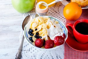 Breakfast corn flakes with fruit