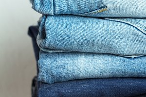 a stack of jeans