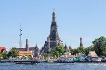 Wat Arun and riiver.