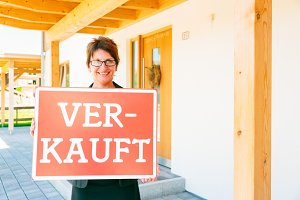 German Realtor Selling A House