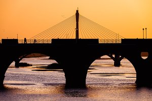 silhouette of badajoz bridges