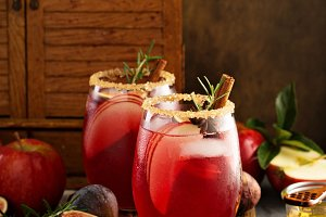 Fall or winter sangria with fig, apples and honey