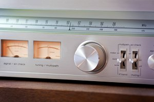 Vintage Stereo Tuner Controls