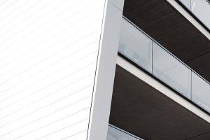 Balcony split