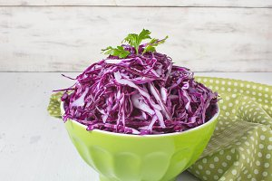 Coleslaw salad with red cabbage