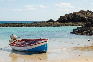 Boat on the sea shore.