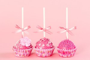 Romantic cake pops